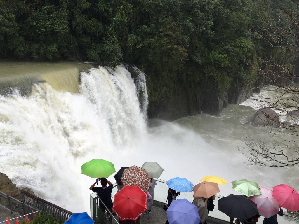 Shifen Waterfall1